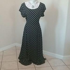 Dresses & Skirts - Vintage Laundry Polka Dot Maxi Dress